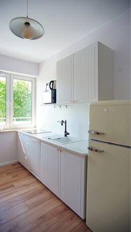 Piękne nowe mieszkanie z oddzielnym pokojem w nowym bloku na Pradze