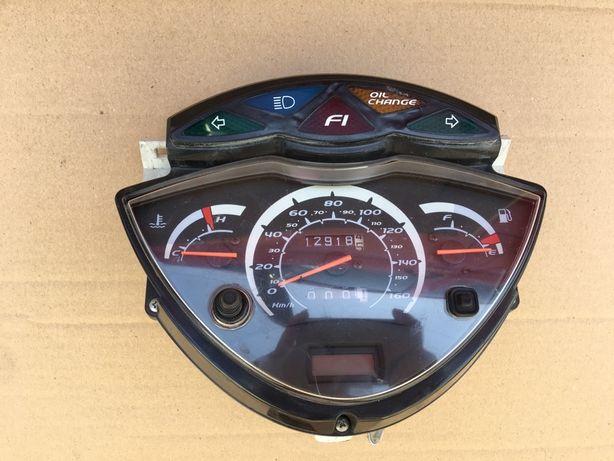 Приборка, фара, крило Honda SH 150, SH 300 инжектор, панелька