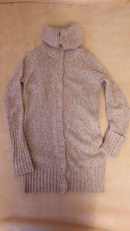 Długi beżowy rozpinany sweter