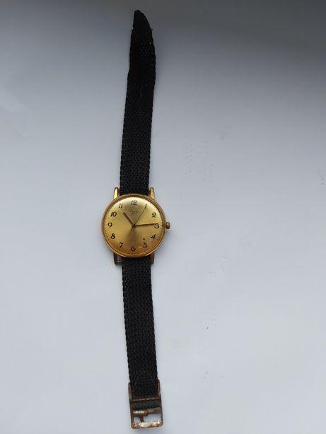 Stary zegarek na rękę łucz