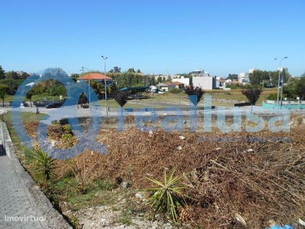 2 Terrenos Urbanos c/ 1.100m2 + 449m2 Maia, Pedrouços 100% Financiados