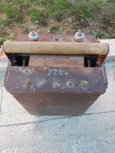 Сварочный аппарат(трансформатор).