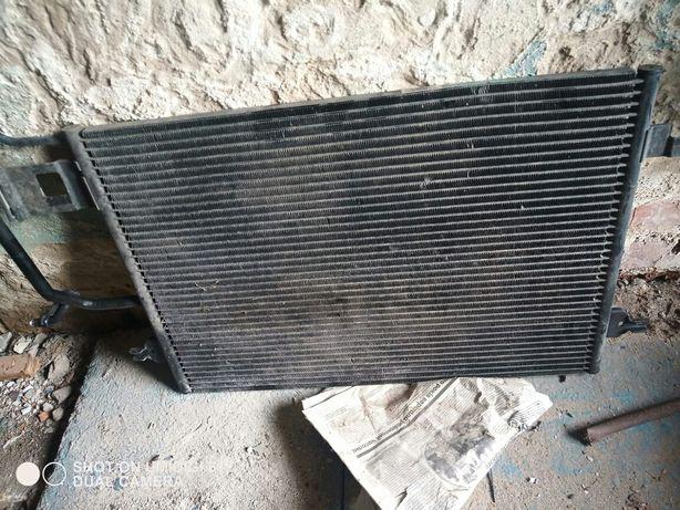 Радиатор кондиционера на пассат б5.