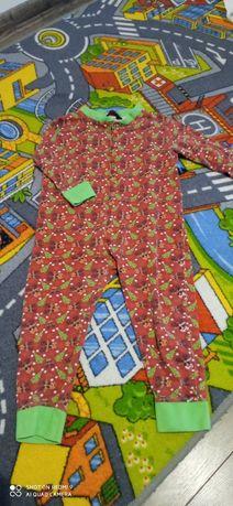 Pajacyk świąteczny piżama r. 86 92