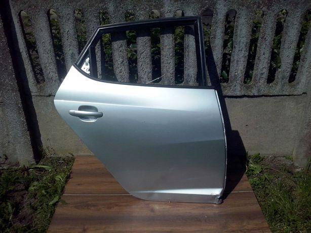 Seat Ibiza IV drzwi prawe tył