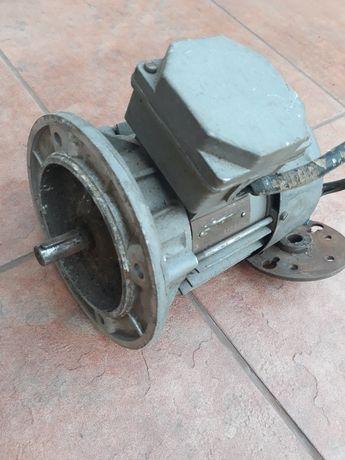 Silnik elektryczny 0.37 kW
