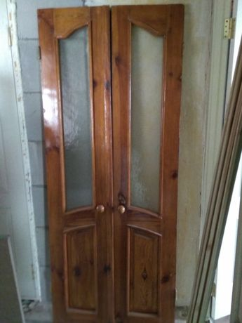 Двери деревянные , пвх межкомнатные б/у.