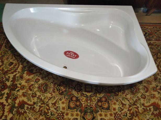 Продаю новую акриловую ванну 100х150см.
