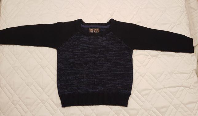 Sweter dziecięcy dla chłopca. Granatowy. Rozmiar 98