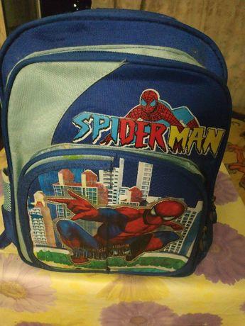 Продам рюкзак для мальчика