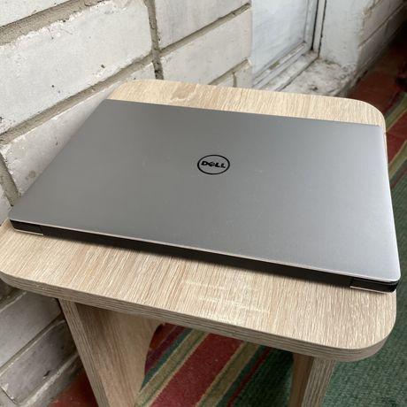 Dell XPS 9360 i7 7500u 16gb SSD M.2 NVMe 512 QHD Touchscreen без рамок