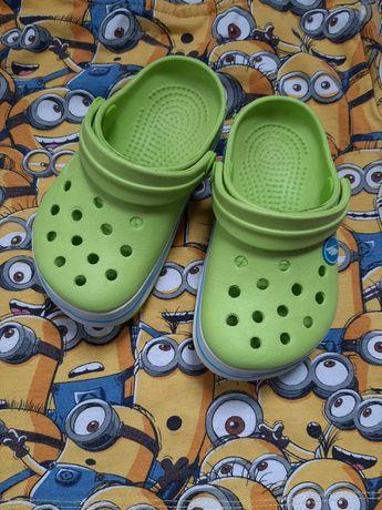 Детские шлепки Crocs