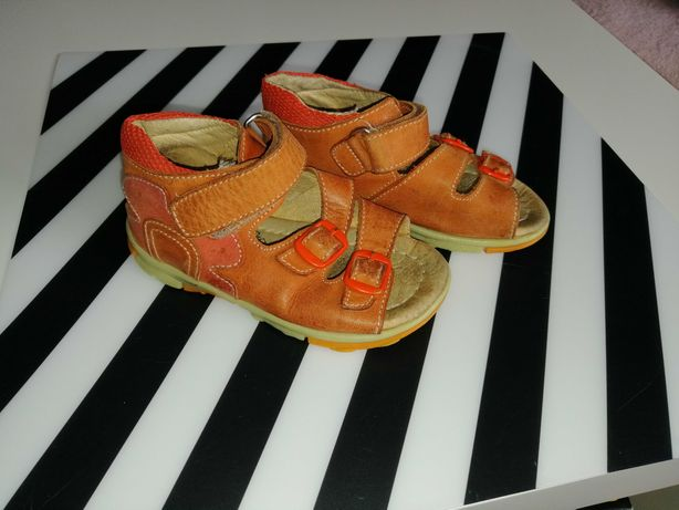 Sandały skórzane C&A r. 24