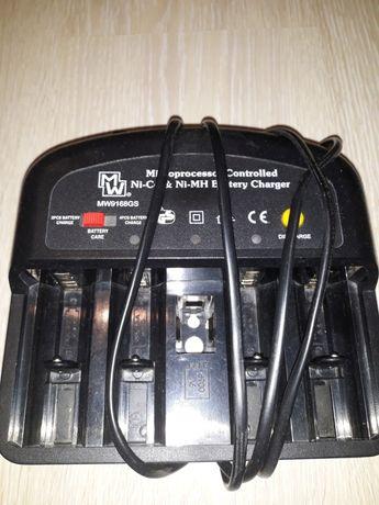 Ładowarka akumulatorów Emos MW9168GS