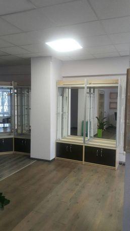Торговое оборудование шкафы витрины