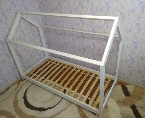 Детская белая кровать