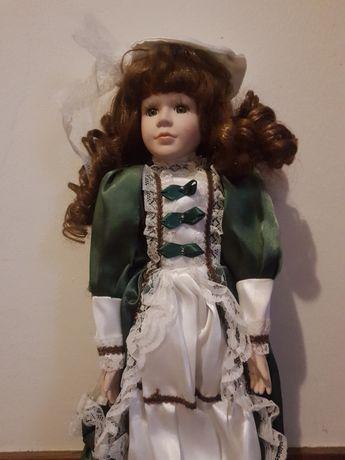 Conjunto de bonecas de porcelana