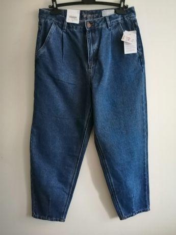 Jeansy typu MOM wysoki stan