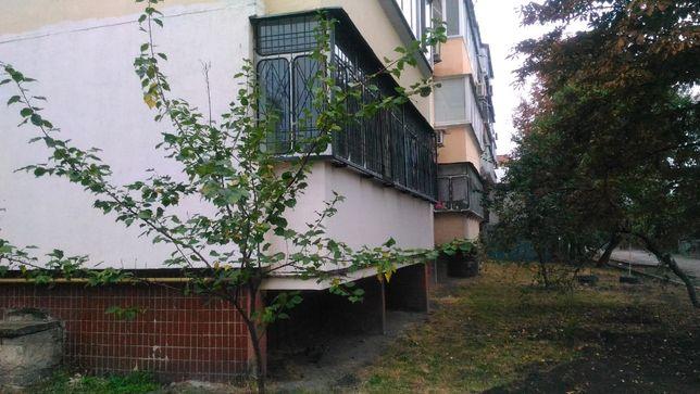 продается сварная решетка на балкон