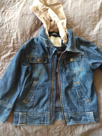 Дитяча джинсова курточка з утепленням.