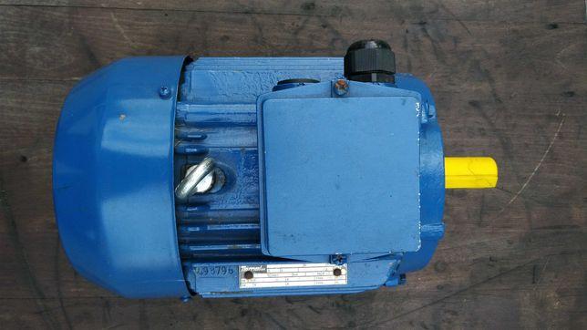 Silnik elektryczny 3,3kw/2915obr/min.Wzmocniony-nowy