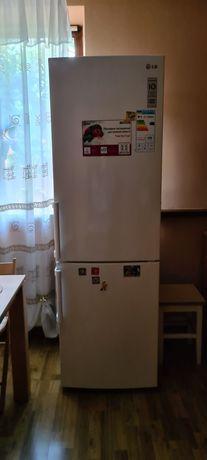 LG холодильник з камерою