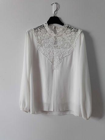 Biała bluzka z koronką S/M