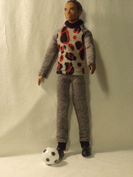 Ubranka dla lalki barbie - Ken - dresy, sportowe buty, piłka !!!