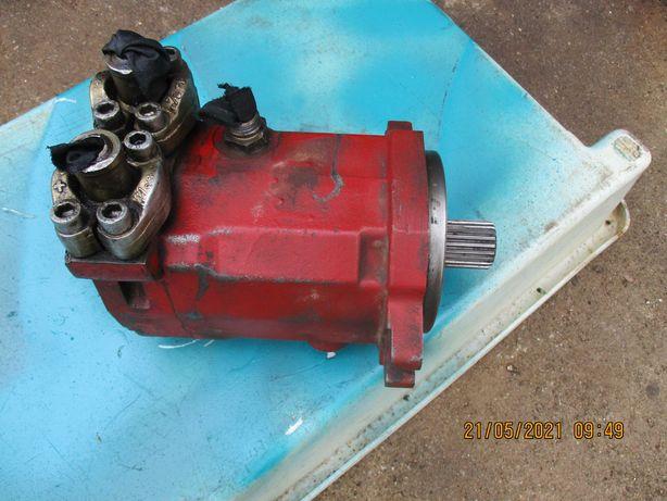 Motor hidráulico em bom estado