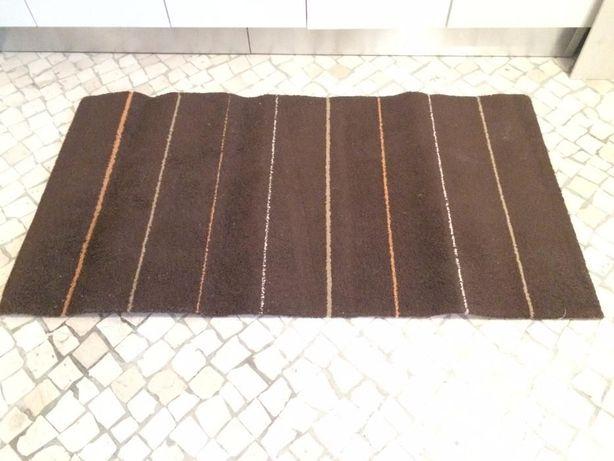 2 Tapetes / Carpetes Castanhos