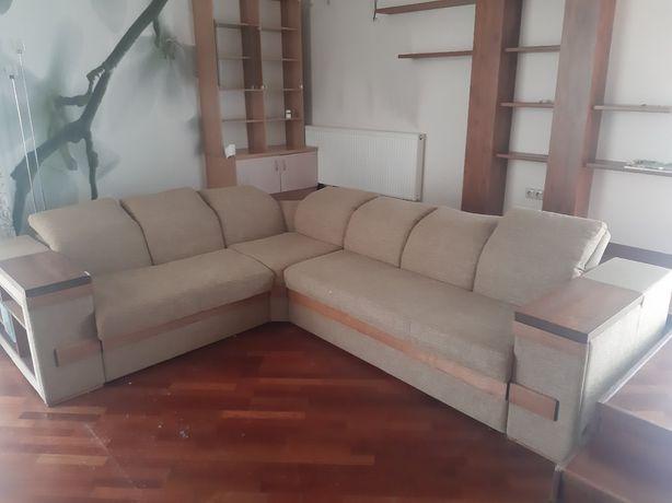 Кутовий диван у хорошому стані