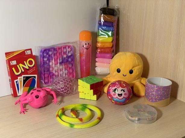 Zestaw Zabawek Antystresowych Fidget Toys Popit Spinner AirClay Slime