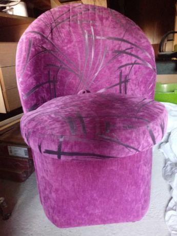 Fotelo-Pufy otwierane fioletowe 2szt