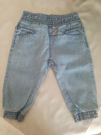 Spodnie z cienkiego jeansu rozm. 74