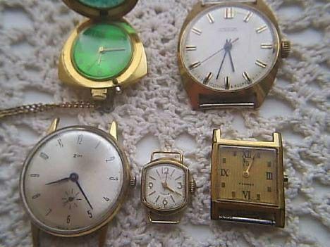 Часы ссср в жёлтом корпусе