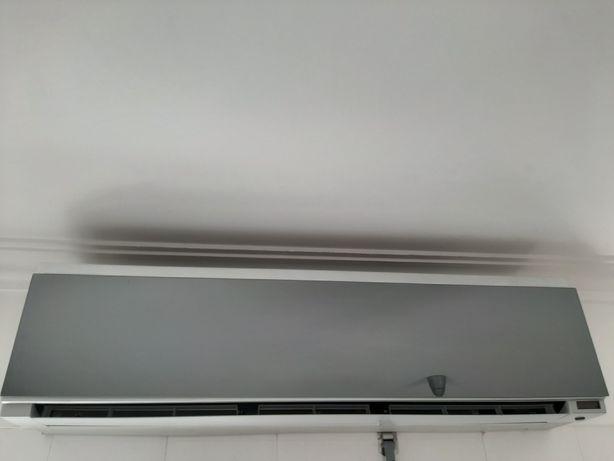 Ar Condicionado LG S-18AWR Interior ArtCool Premium