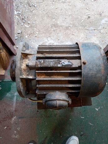 Электродвигатель асинхронный мотор 3 квт