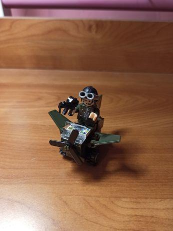 Лего игрушка военный самолёт
