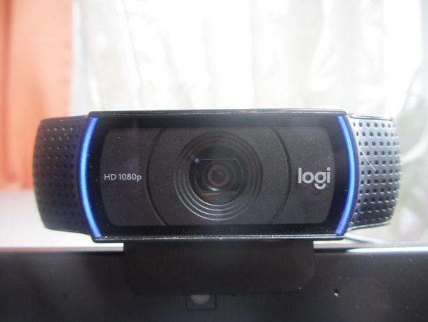 Веб-камера Logitech C920 Logi