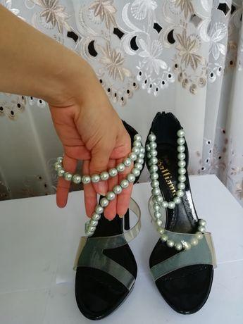 Туфли,брендовые, оригинал, босоножки женские John Galliano