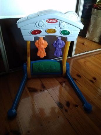 Zabawka stojak gimnastyczny Playskool, gra melodie, świeci
