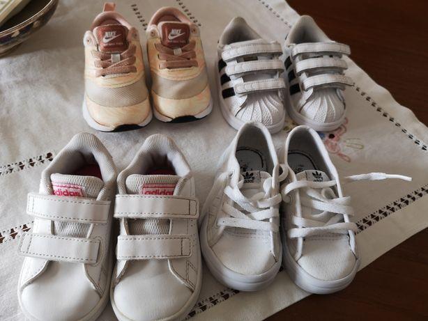 Sapatilhas bebé Adidas e Nike em excelente estado.