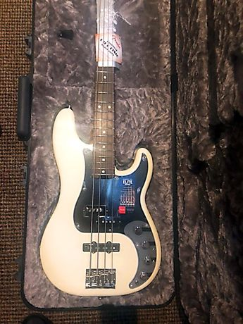 Fender American Elite Precision Bass with Aguilar 4 струни, Київ