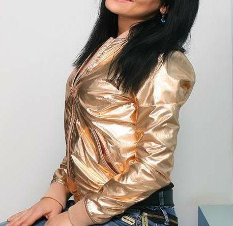 Курточка золотая