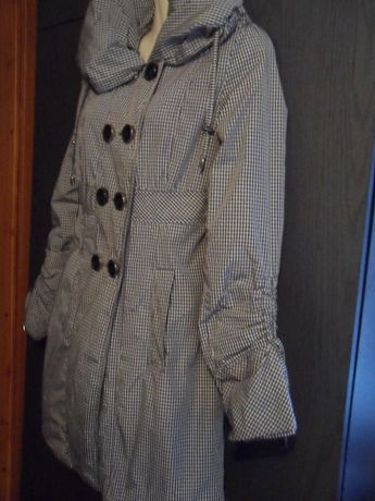 Пуховик -пальто на утеплителе.