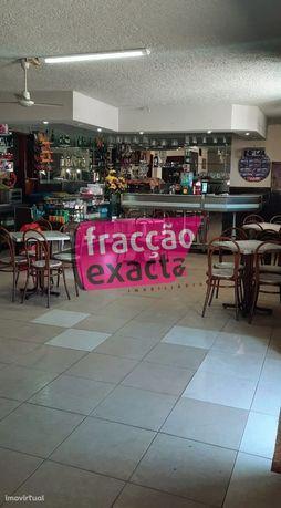 Trespassa-se café em Pedroso