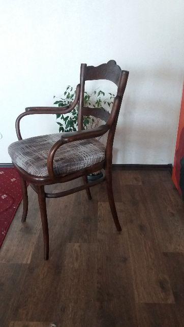 антикварное кресло за смешную цену
