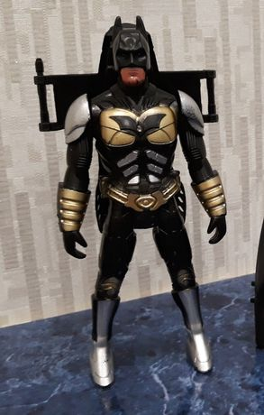 Фигурка Бэтмен 18 см Batman