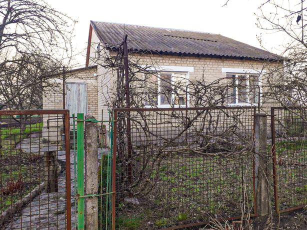 Продам кирпичный дом 100 км от Киева