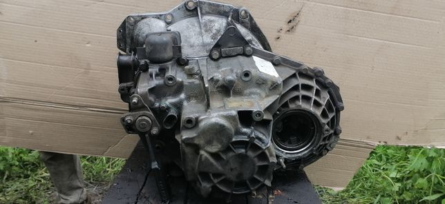 КПП Рено лагуна Renault Master II, Espace III DCI 1998-2010 7700599560